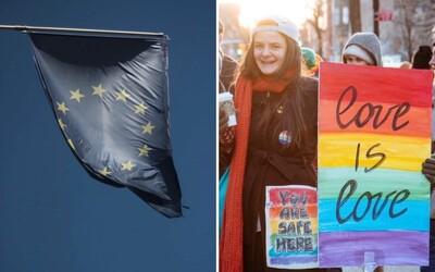 Evropská komise bude bojovat za rovnoprávnost LGBTIQ komunity: Ve čtvrtek přijala první strategii, jak jí dosáhnout