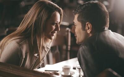 Existuje návod, jak se zaručeně zamilovat? Vyzkoušeli jsme experiment 36 otázek na vlastní kůži