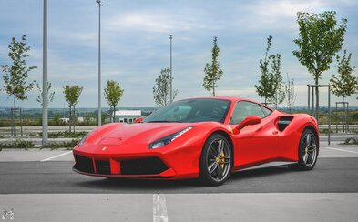 Exkluzívne: Takto famózne vyzerá jedno z prvých, až 670-koňových Ferrari 488 GTB na Slovensku!