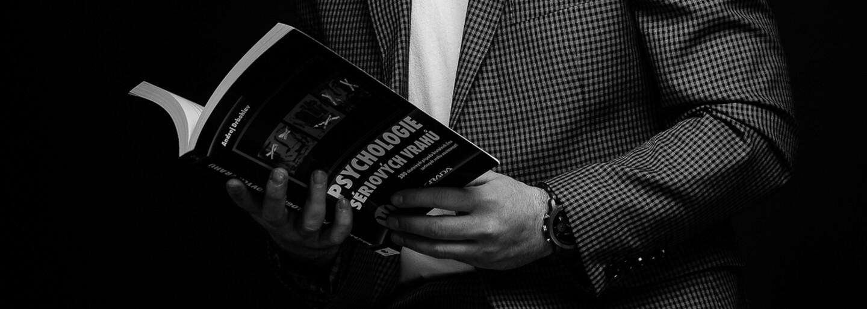Expert na sériové a masové vrahy: Seriál Dexter inspiroval řadu vrahů, zabíjeli stejným způsobem (Rozhovor)