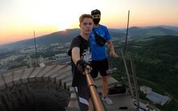 Extrémny lezec Peter: V Košiciach na nás esbéeskár vytiahol zbraň. Vyhrážal sa, že nás odstrelí (Rozhovor)