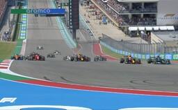 F1: strategická bitka na VC USA držala divákov v napätí do posledného kola. Verstappen len tak-tak udržal Hamiltona za sebou