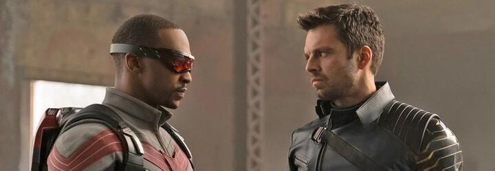 Winter Soldier nechce být s Falconem v jednom týmu. Spojuje je ale bití nepřátel a kamarádství s Captainem America