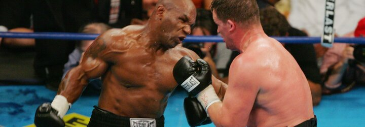 """Mike Tyson je otevřený boxerskému duelu s Loganem či Jakem Paulem. """"Bylo by to hodně peněz,"""" říká legenda"""