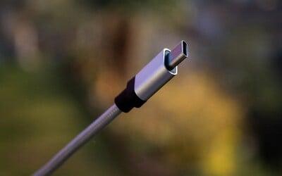 EÚ sa chystá zjednotiť nabíjačky na mobil. Presadzuje USB-C kábel, Apple by sa muselo prispôsobiť.
