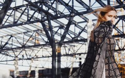 Toto by si medzi žeriavmi nečakal! Originálne a jedinečné spojenie módy a drsnej krásy stavby na Stanici Nivy