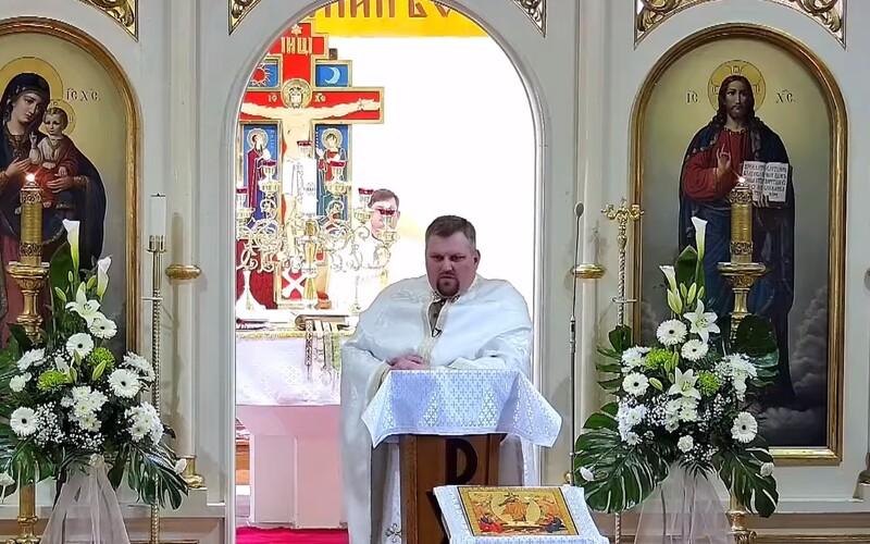 Kňaz na východe Slovenska šokoval počas kázne: Milujem Marvel, DC-čka, Supermana a Thora.