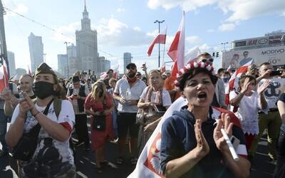 Poľsko má nový rekord nakazených koronavírusom, blíži sa k tisícke denne. Najviac prípadov je pri slovenských hraniciach.