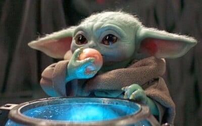Baby Yoda požírá neoplodněná vajíčka mimozemské rodiny. Internet z toho není nadšený