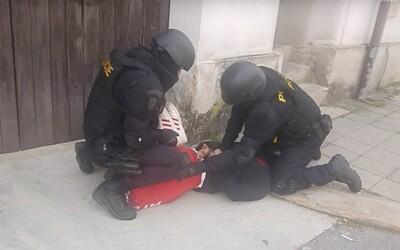 Koronavirus kriminálníky v Česku mírně zabrzdil: Počet trestných činů klesl o 6 %.