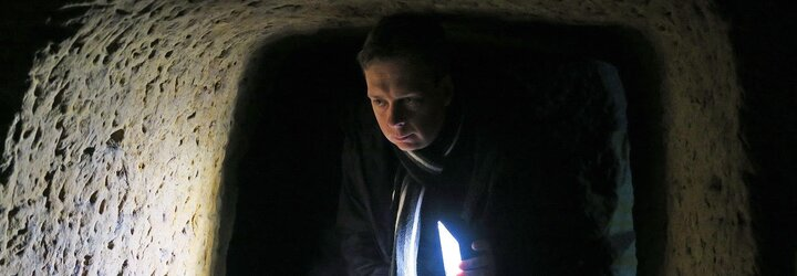 V Čachtickom podzemí pre nás zisťovali paranormálnu aktivitu dve 13-ročné panny, hovorí záhadológ Mareš (Rozhovor)