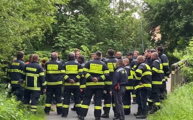 Policie našla mrtvého kojence na Mělnicku. Prověřuje se nedbalost matky.