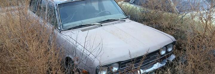 V Brně stojí již půl roku auto na ulici. Podle úřadu neexistuje