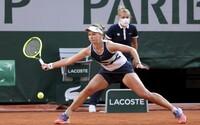 Famózní výkony Barbory Krejčíkové jí vynesly finále na French Open. K tomu si dnes zahraje i o finále čtyřhry