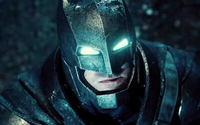 """Fanúšikom vadí, že Batman zabíja. Režisér Zack Snyder im odkazuje: """"Žijete v sku*venej rozprávke, zobuďte sa!"""""""