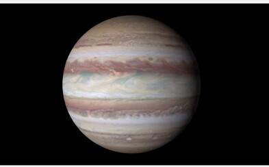 Fascinujúci pohľad na tajomný, ale o to zaujímavejší Jupiter si môžeš vďaka Hubblovmu ďalekohľadu užiť rovno v 4K rozlíšení!