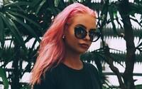 Fashion blogerka Marketa stavila na trendy ružovú. Pod rukami Moniky Kalickej zásadne zmenila svoj imidž