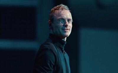 Fassbender nám jako geniální Steve Jobs ukáže nejzásadnější životní okamžiky v záři reflektorů