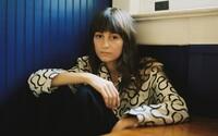 Faye Webster se na jednom z nejlepších alb roku směje vlastnímu smutku. Směj se s ní