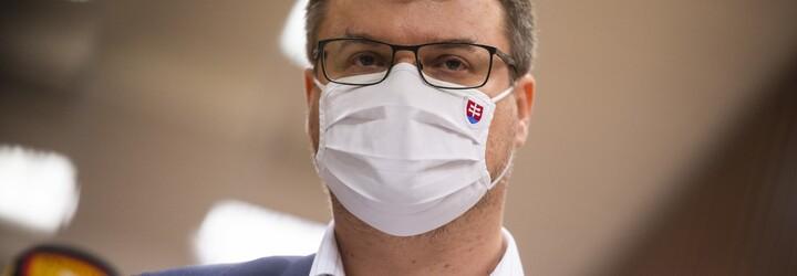 Vicepremiér Štefan Holý ako kriticky dôležitý pendler nechodí do britskej karantény, teraz mal znovu pozitívny test