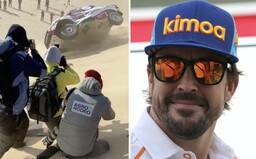 Fernando Alonso sa na Dakare dvakrát prevrátil. V dnešnej etape pokračuje s poškodeným autom