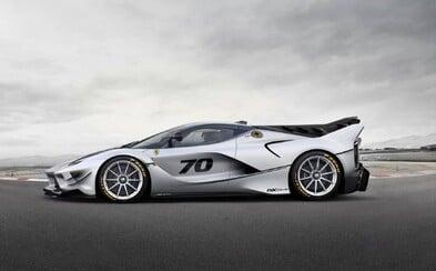Ferrari představuje svůj nejextrémnější model. Má V12, elektromotor, 1050 koní a vzhled stíhačky