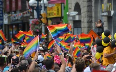 Festival Prague Pride v Praze omezí dopravu. Byla zřízena i speciální Duhová zastávka
