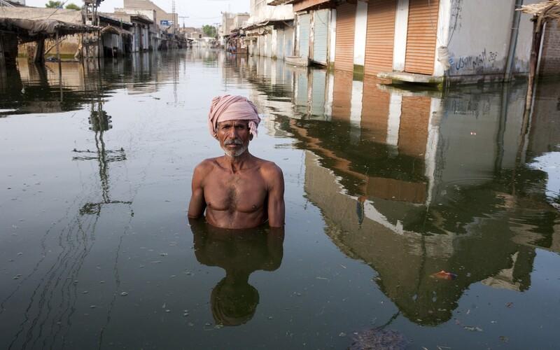 Rok 2020 byl pro Asii tím historicky nejteplejším. Zemřely tisíce lidí, miliony obyvatel přišly o domov.