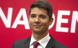Fico je vraj náš najlepší politik a za Kočnera môže Radičovej vláda. Toto je Erik Kaliňák, 29-ročný nový podpredseda Smeru