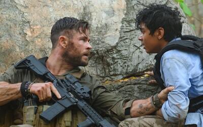 Film Extraction v hlavní roli s Chrisem Hemsworthem překonal rekord. Měl nejúspěšnější premiéru v historii Netflixu