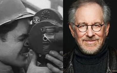 Filmoví velikáni prerozprávajú príbeh piatich statočných filmárov zachycujúcich skutočný masaker vojny prostredníctvom dokumentu na Netflixe
