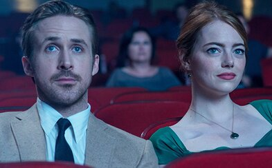 Filmy na Blu-ray a DVD už mesiac po premiére? Warner Bros. a Universal chcú hrať svoje snímky v kinách kratšiu dobu