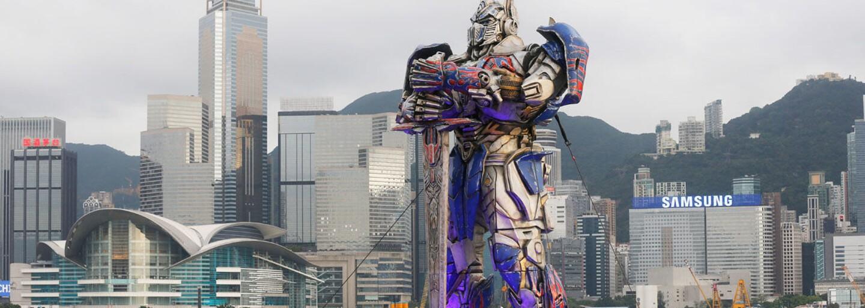 Filmy s tématikou Transformers nás budú zásobovať ešte ďalších 10 rokov