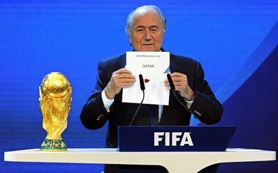 Finále Majstrovstiev sveta vo futbale pár dní pred Vianocami? Žiaľ, v skorumpovanom futbale už je asi všetko možné