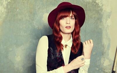 Florence Welch zverejnila ďalšiu novú skladbu, vypočujte si As Far As I Could Get