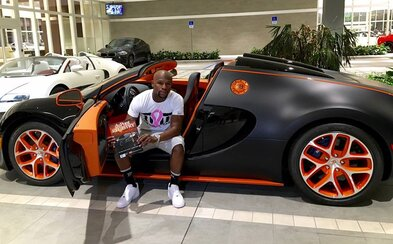 Floyd Mayweather rozšiřuje svou bohatou automobilovou sbírku o již 4. Veyron za 3,5 milionu dolarů!