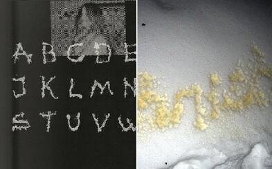 Font vytvorený z moču. Švédi sa vyprázdnili na zem a vytvorili nový štýl písma
