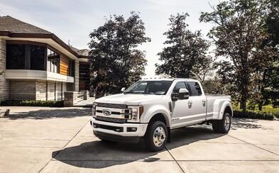 Ford uvádza ikonický pick-up v top verzii, ktorá s naftovou V8-čkou utiahne až 15-tonový príves
