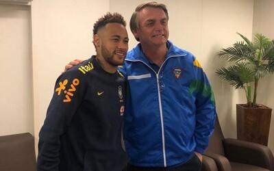 Fotbalisté nezemřou na koronavirus, protože to jsou sportovci, tvrdí brazilský prezident. Chce opět spustit fotbalové lig
