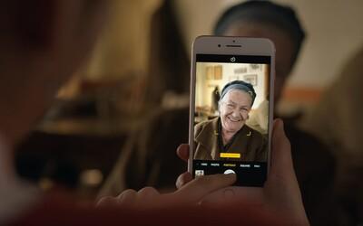Fotku z iPhone 7 Plus chcú vraj úplne všetci. Apple v novej video reklame vyzdvihuje jeho režim Portrét