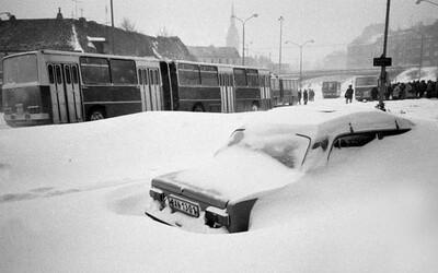 FOTO: Slovensko pred 34 rokmi zasiahla pamätná kalamita. V Bratislave boli dvojmetrové záveje
