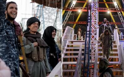 FOTO: Talibanci si to opäť namierili na kolotoče. Tentoraz azda zábavný park nezrovnajú so zemou