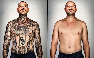 Fotograf pomocou počítača odstránil tetovania bývalým gangstrom a premenil ich tak na nepoznanie