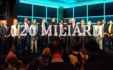 Fotka se 120 miliardami eur. Buffett i Diddy oslavovali 100. výročí časopisu Forbes ve velkém stylu