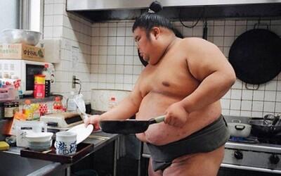 Fotografie, ktoré ti priblížia život sumo zápasníkov