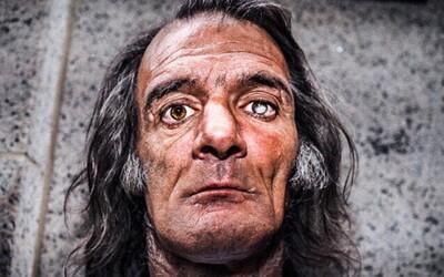 Fotografovat se naučil sám od sebe ve vězení a dnes světu ukazuje lidi na okraji společnosti. Donato o minulosti vypráví velmi nerad