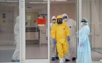 Francouzští lékaři podali trestní oznámení na premiéra a bývalou ministryni zdravotnictví za ohrožení zdraví