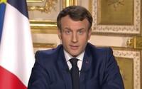 Francúzsko oddnes zatvára štátne hranice, ľudia nesmú ísť von, ak to nie je nevyhnutné. Sme vo vojne, vyhlásil prezident
