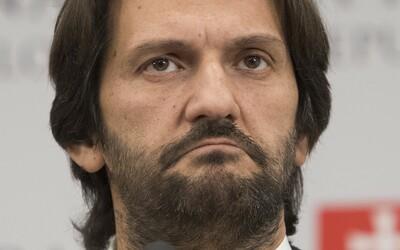 František Imrecze vypovedá, že mu Jozef Brhel doplácal 200-tisíc ročne k platu na pokyn Roberta Kaliňáka