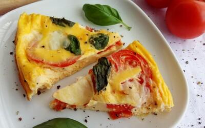 Frittata je úžasný italský pokrm podobný omeletě a my ti přinášíme chutnou variantu bez sacharidů